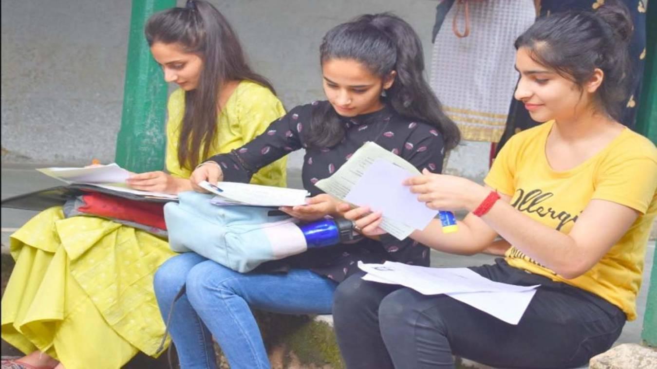 डॉ. एस.एस. मंठा का ब्लॉगः स्नातकोत्तर शिक्षा पर दें विशेष ध्यान