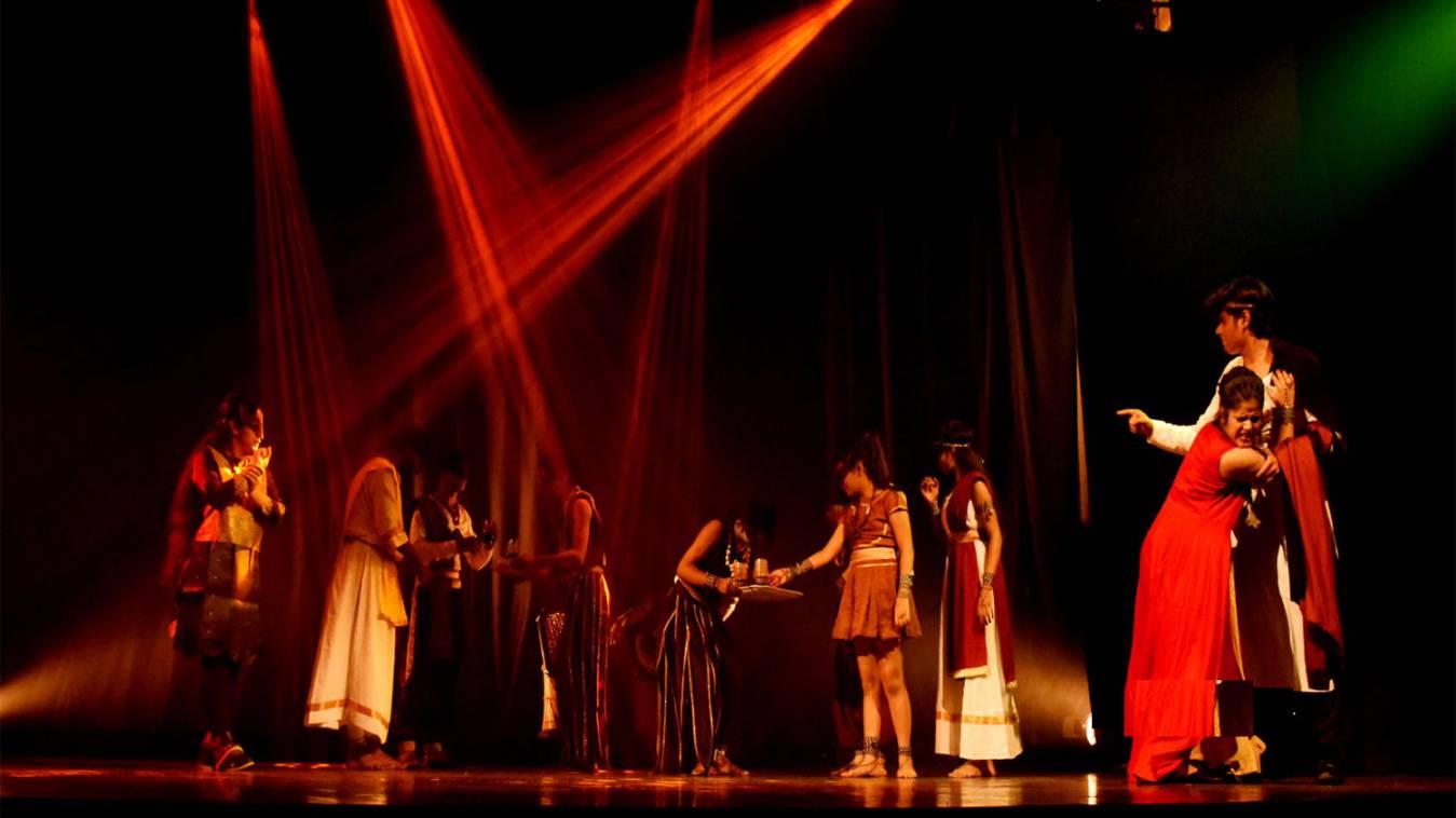 बड़ी उपलब्धि: अंतरराट्रीय रंग समारोह में बनारस के नाटक 'बरनम वन' की दस्तक