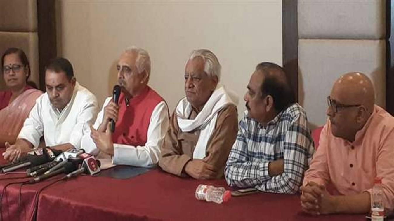 हमला: मोदी सरकार में देश की हालत बदतर, असल मुद्दों से भटका रही भाजपा- अखिलेश सिंह