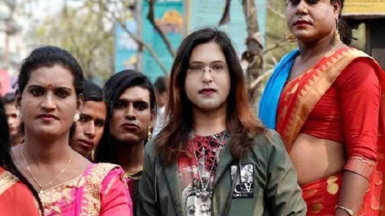 असम एनआरसी से दो हजार ट्रांसजेंडर बाहर, सुप्रीम कोर्ट ने केंद्र और राज्य सरकार से मांगा जवाब