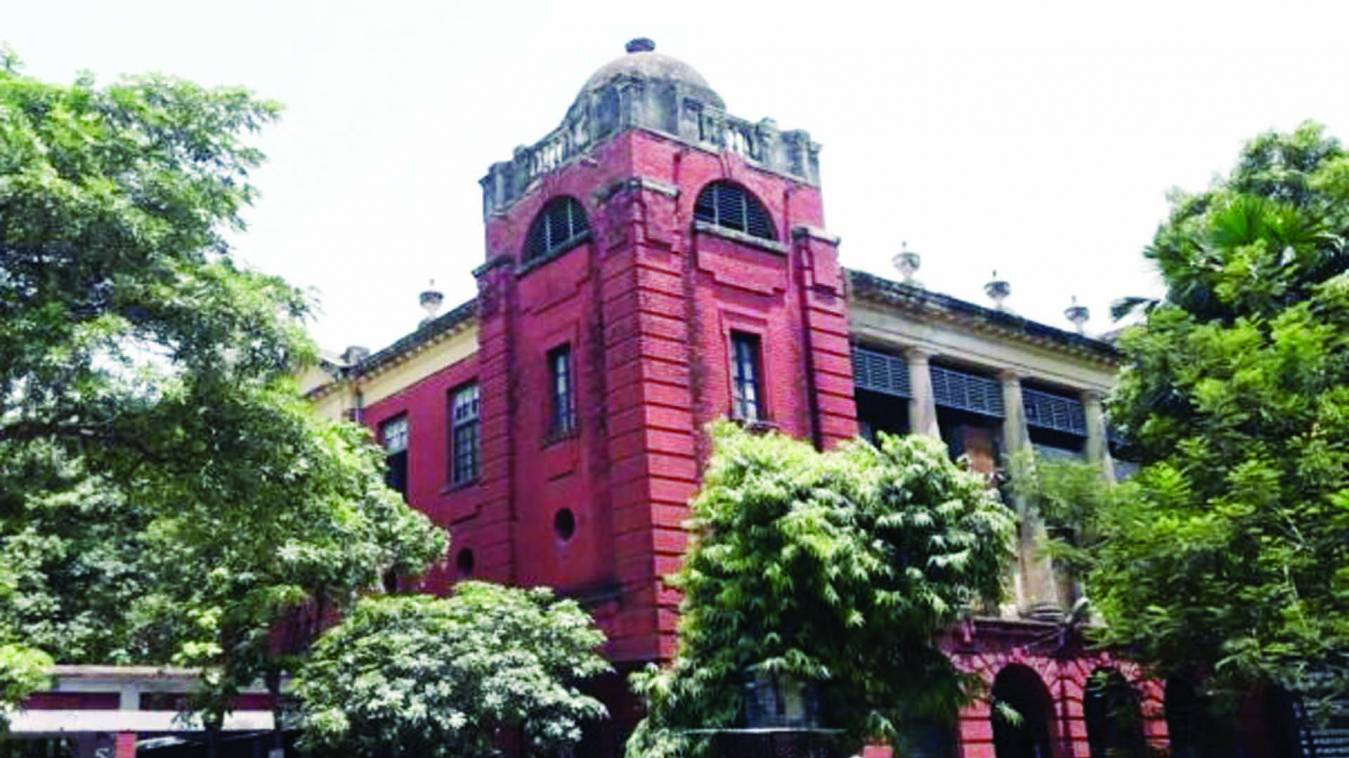 वाराणसी: पति की हत्या कराने वाली पत्नी और प्रेमी को उम्रकैद, रईस अहमद को दी थी सुपारी