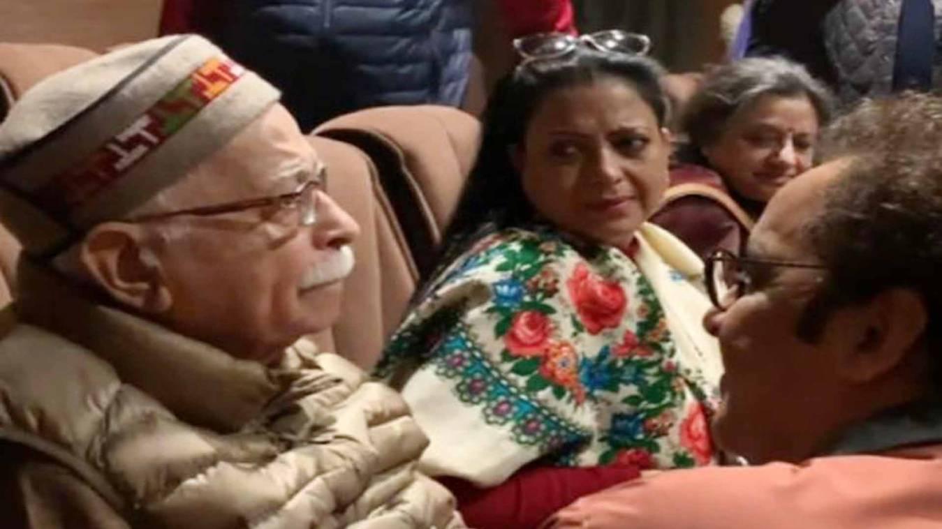 लाल कृष्ण आडवाणी ने लोकसभा में गुजरात और विधानसभा में दिल्ली में डाले वोट तो वोटर लिस्ट से हटा नाम