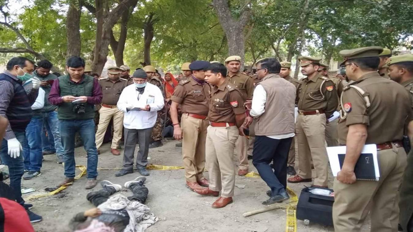 वाराणसी: पहले दोस्तों ने बैठकर पी शराब, फिर सिर कूंचकर कर दी साथी की नृशंस हत्या