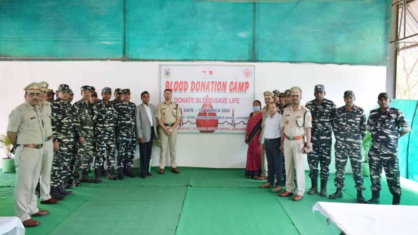 वाराणसी: सीआरपीएफ के 101 जवानों ने किया रक्तदान, किया सामाजिक दायित्व का निर्वहन