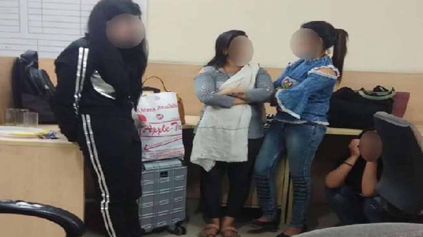 वाराणसी: कोरोना को देने पटकनी, प्रशासन ने मांगी विदेशियों की सूची