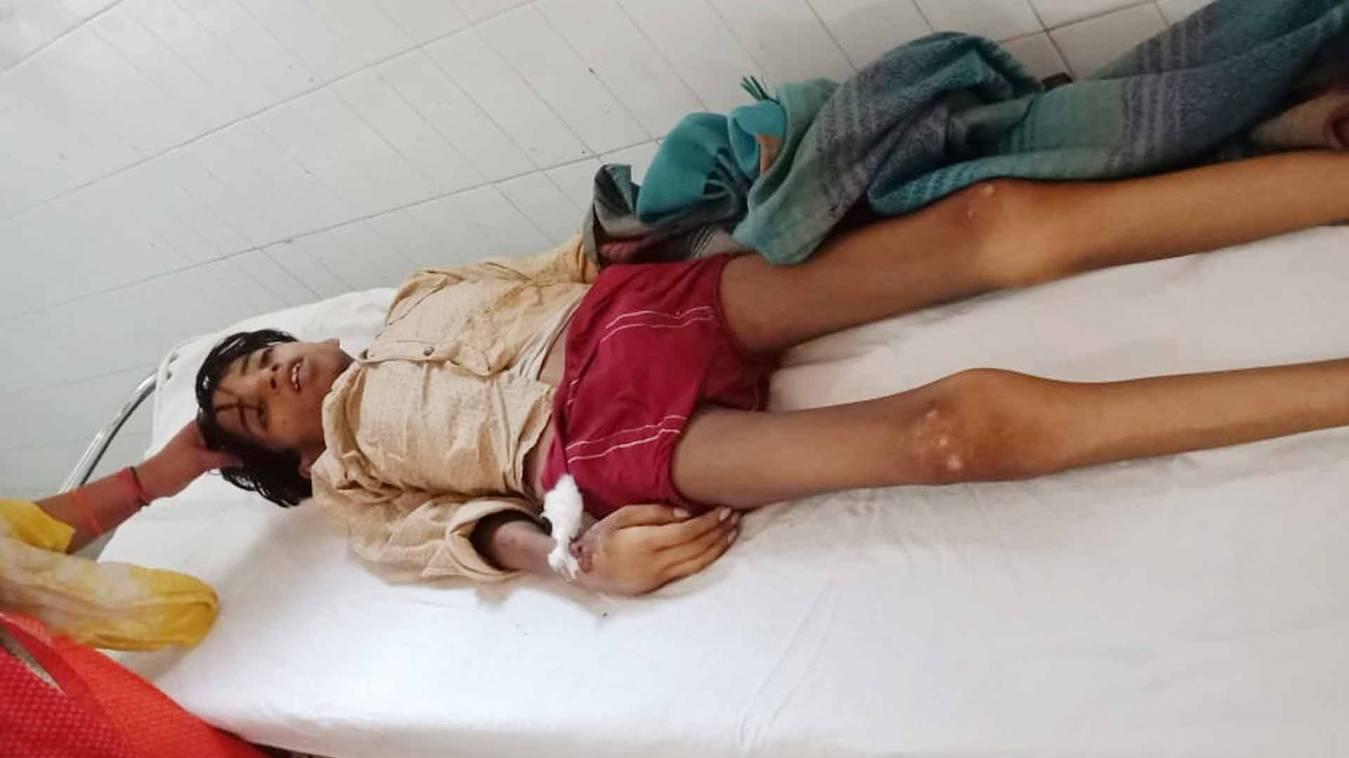वाराणसी: आखिरकार मंडलीय चिकित्सालय की लापरवाही ने रोक दी 'विकास' के सांसों की रफ़्तार!