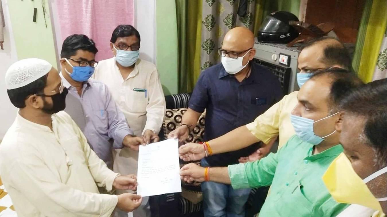 वाराणसी: प्रियंका गांधी ने दी पूर्व प्रधानाचार्य फहीम अहमद को श्रद्धाजंलि, भेजा पत्र