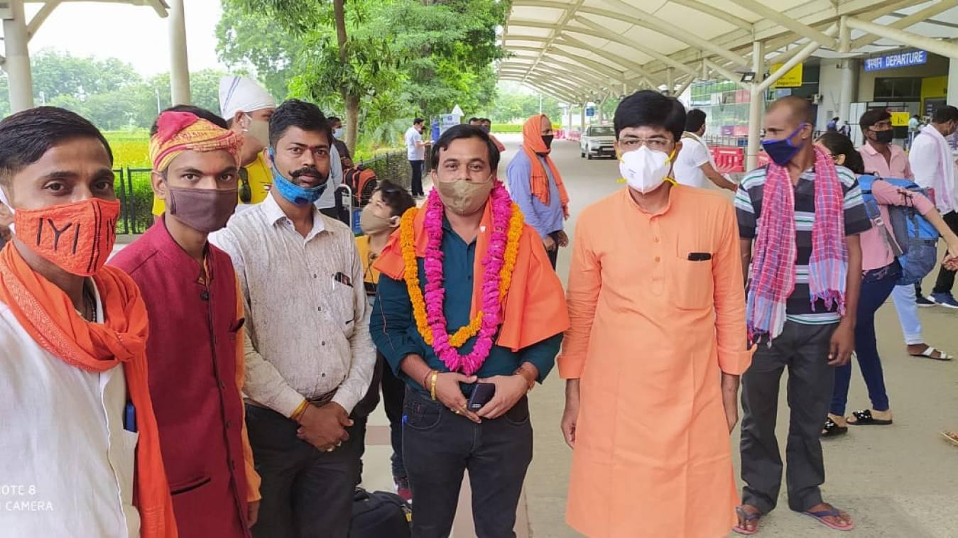 वाराणसी: टीम मोदी सपोर्टर संघ के राष्ट्रीय संगठन सचिव का प्रथम काशी आगमन