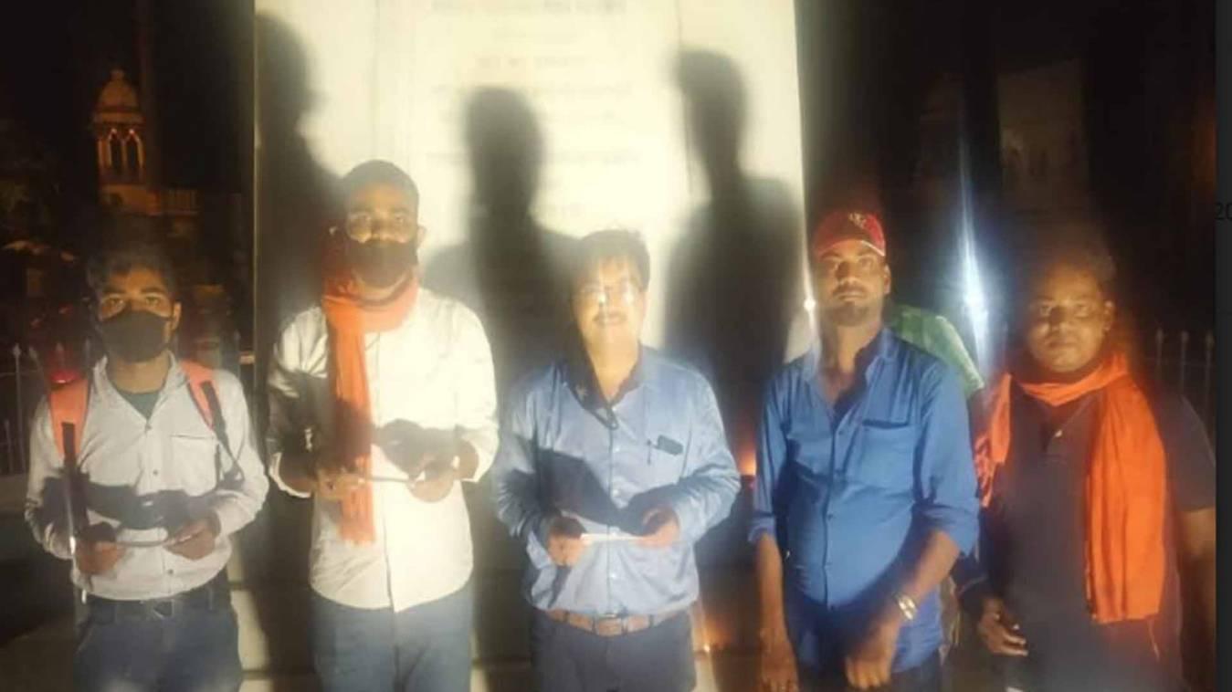 वाराणसी: जय हिंद फाउंडेशन ने किया दीप प्रज्वलन, 'जय श्री राम के उद्घोष से गूंजा बीएचयू का 'सिंह द्वार'