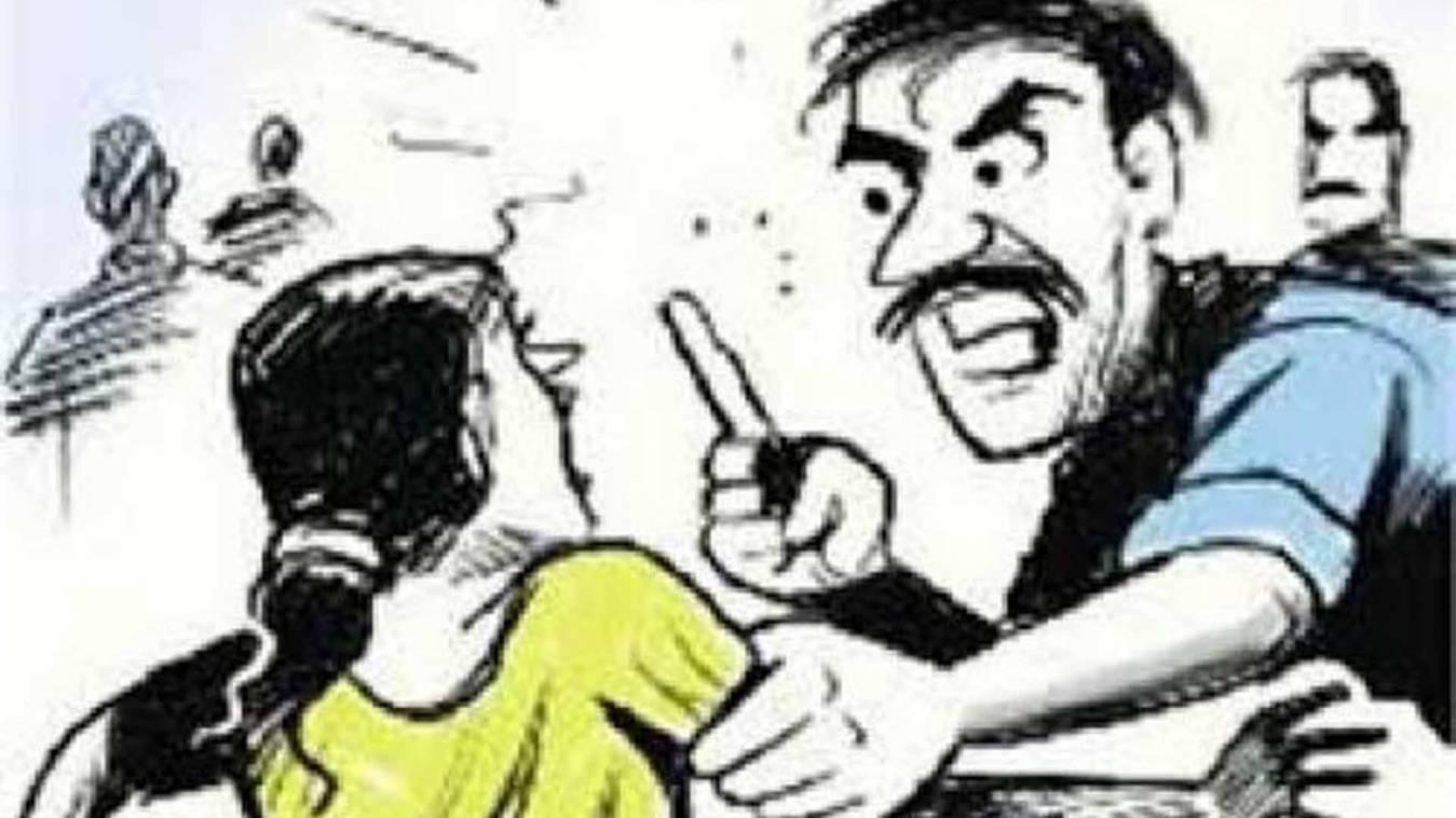 वाराणसी: जमीनी विवाद में मारपीट, तीन महिला समेत आधा दर्जन घायल