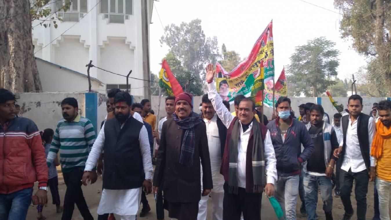 प्रगतिशील समाजवादी पार्टी(लोहिया), वाराणसी द्वारा सभी विधानसभाओं में निकाली गई पैदल यात्रा