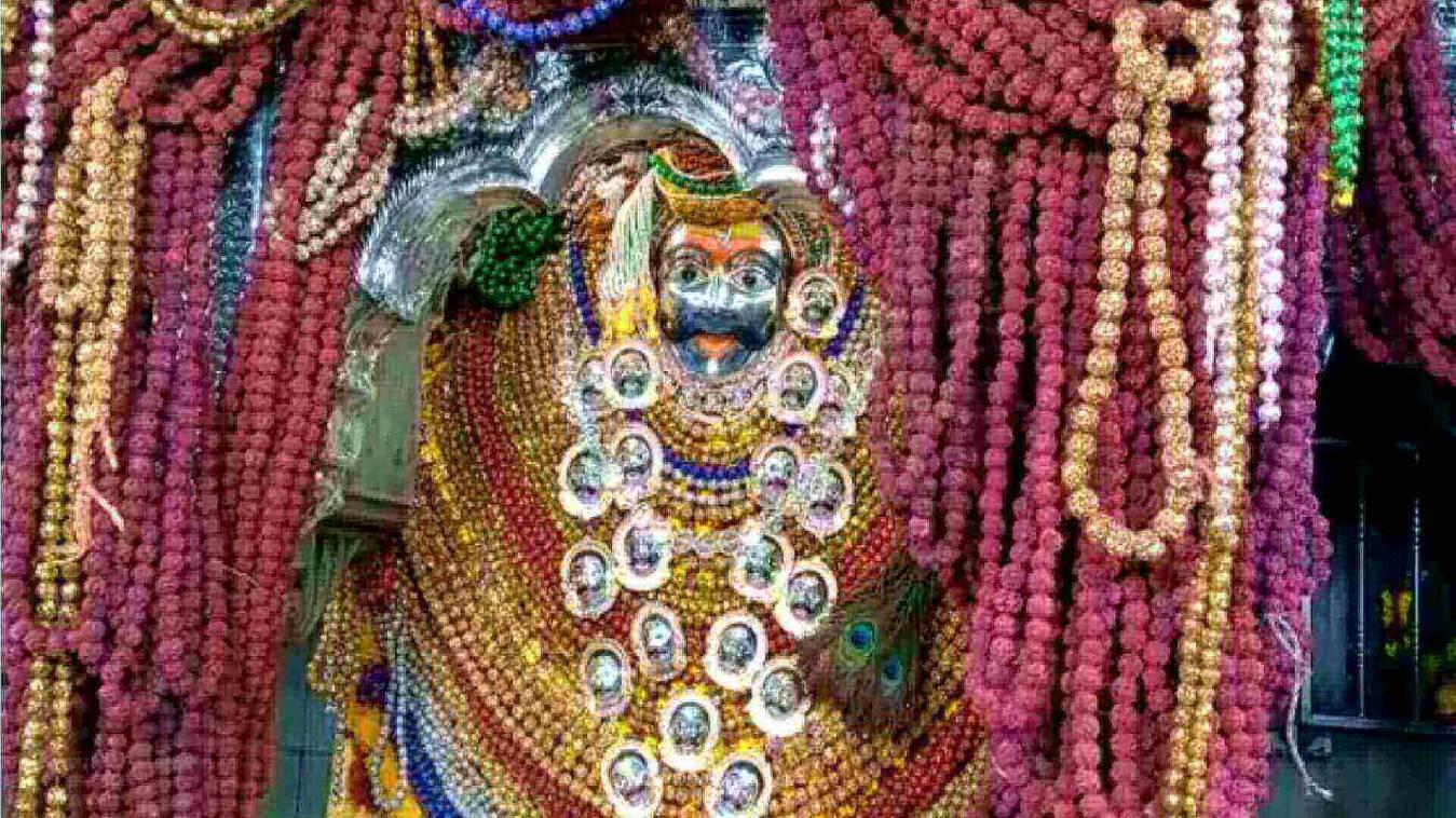 बाबा काल भैरव के वार्षिक रुद्राक्षमयी अन्नकुट महोत्सव के अवसर पर भक्तों ने लगायी हाजिरी