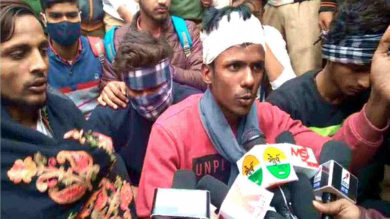 गोलियों से गूंजा यूपी कॉलेज का परिसर, कालेज के छात्र पर चली 3 राऊंड गोली