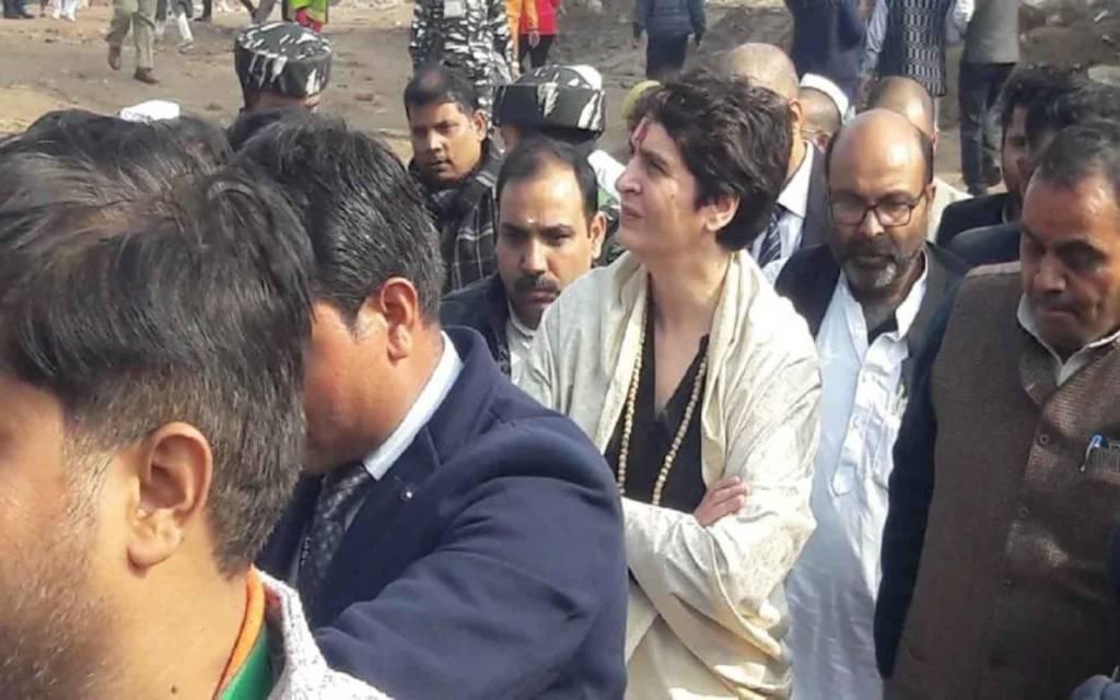 वाराणसी: कांग्रेस सरकार आई तो हटाएंगे CAA और NRC: प्रियंका गाँधी