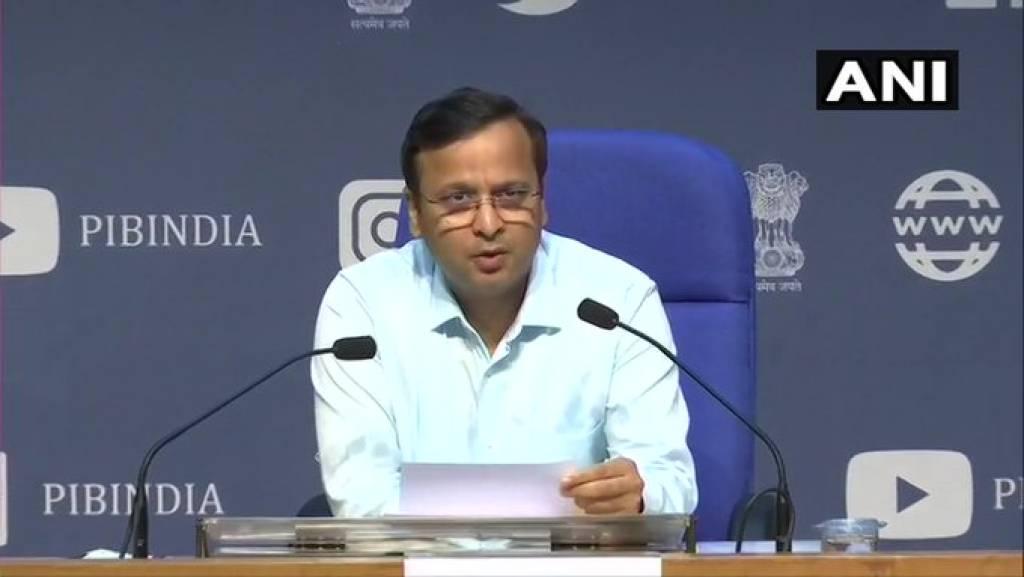 भारत में कोरोना के 328 नए केस, 12 की मौत, स्वास्थ्य मंत्रालय ने दिया अपडेट
