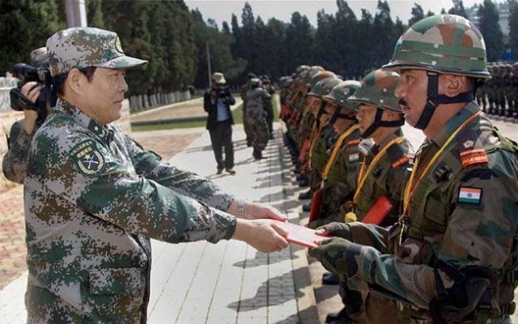 Breaking: चीन ने 10 भारतीय सैनिकों को किया रिहा, दो मेजर भी हैं शामिल