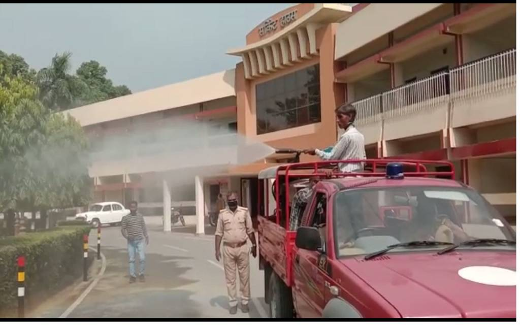 वाराणसी: CM Yogi के दौरे को लेकर जिला प्रशासन के किया चाक चौबंद इंतजाम