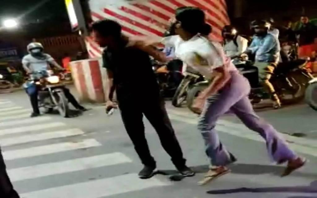 कैब ड्राइवर पर थप्पड़ बरसाने वाली लड़की के खिलाफ FIR दर्ज